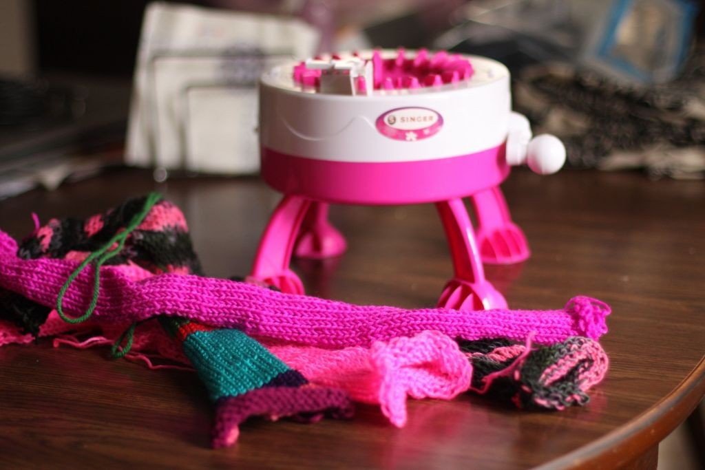 Knitting Machine Singer